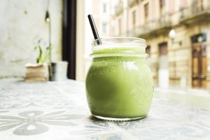 How to Add Spirulina to Smoothies