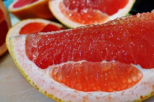 How to Boil Grapefruit for Weight Loss