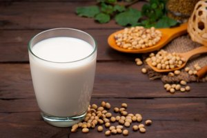 Can Vegans Drink Soy Milk?