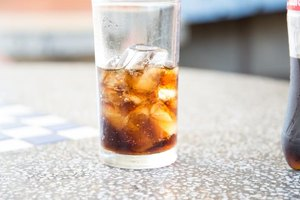 Bloating and Weight Gain With Diet Cola