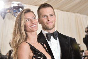 Tom & Gisele DO Eat Dessert and Here's What They Indulg…