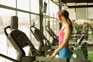 Which Is Better: Treadmill or Recumbent Bike?