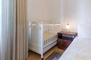 How to Arrange a Master Bedroom to Include Crib & Baby …
