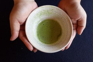 Is Green Tea Extract Safe to Take with Antibiotics?
