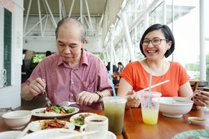 Tips on How to Gain Weight for Seniors & the Elderly