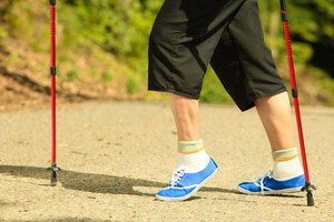 Raised Leg Exercises to Reduce Leg Swelling in the Elde…