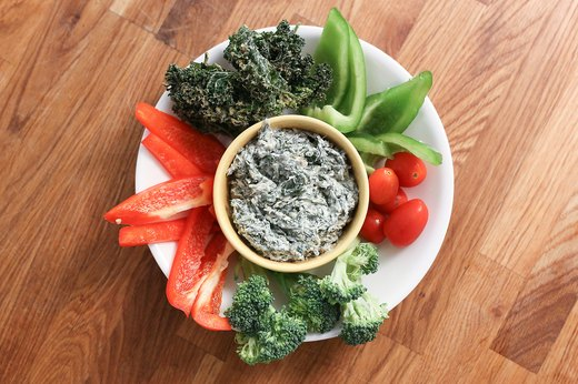 Dunk Veggies in Kale Dip