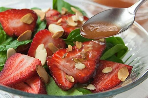 15. Strawberry-Spinach Salad with Champagne Dressing