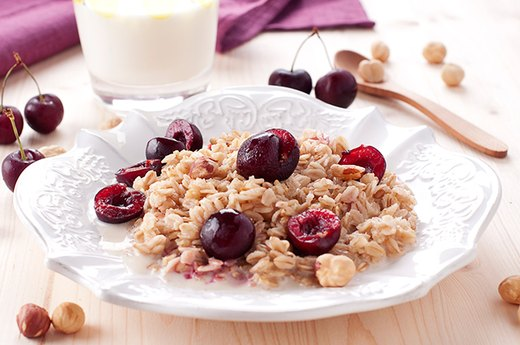 9. Cherry-Almond Steel-Cut Oatmeal