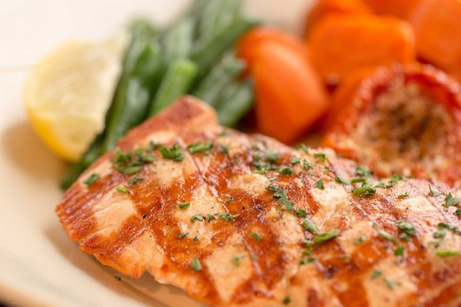 2. BETTER: The Cheesecake Factory's Skinnylicious® Grilled Salmon