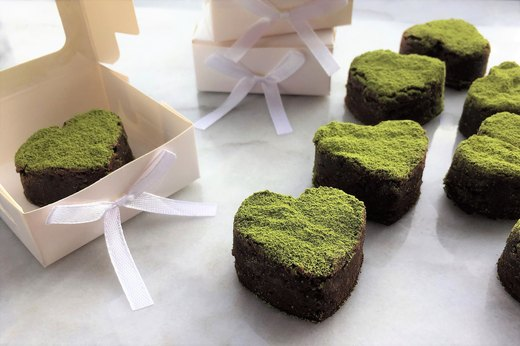 4. Brownie Bites With Matcha Dust