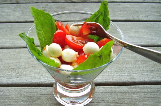 6. Caprese Cocktail Salad