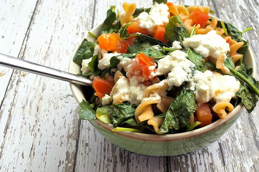 10. Make-Ahead Pasta and Kale Bowl