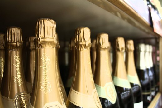 14. Wow Factor: The Science Behind Champagne
