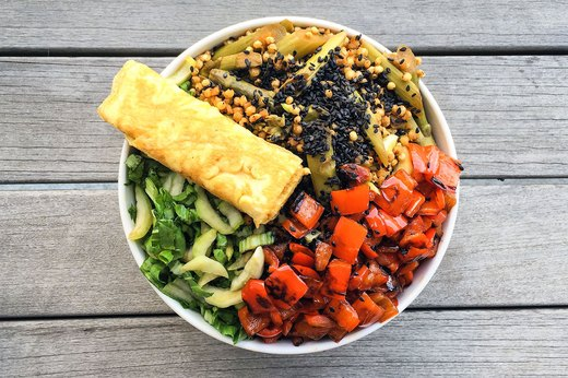 10 Breakfast Superfood Bowls You'll Want to Eat All Day