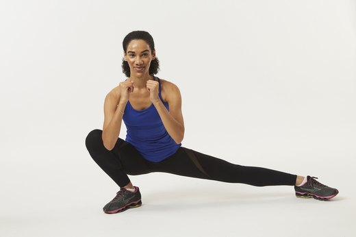 How to Tone Your Hips and Thighs One Minute at a Time