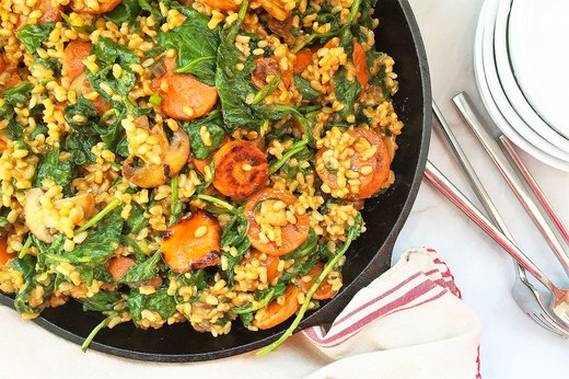 "2. Kale, Baby Bella and Caramelized Carrot ""Risotto"" Skillet"
