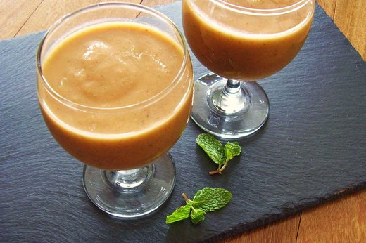 10. Spicy Fruit and Vegetable Smoothie