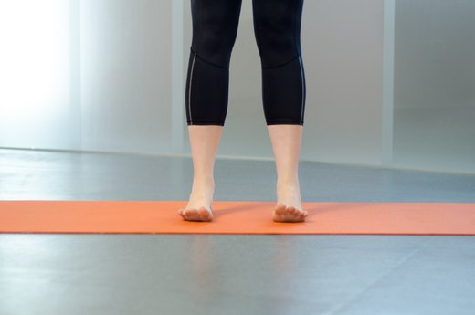 1. Toe Spread and Press