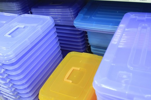 8. Phthalates – Found in Plastic Containers, Cosmetics, Lotions and Plastic Toys