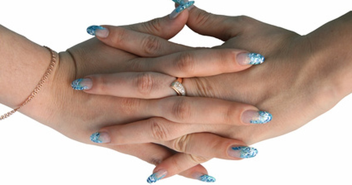 Factors That Affect Nail Growth | LIVESTRONG.COM