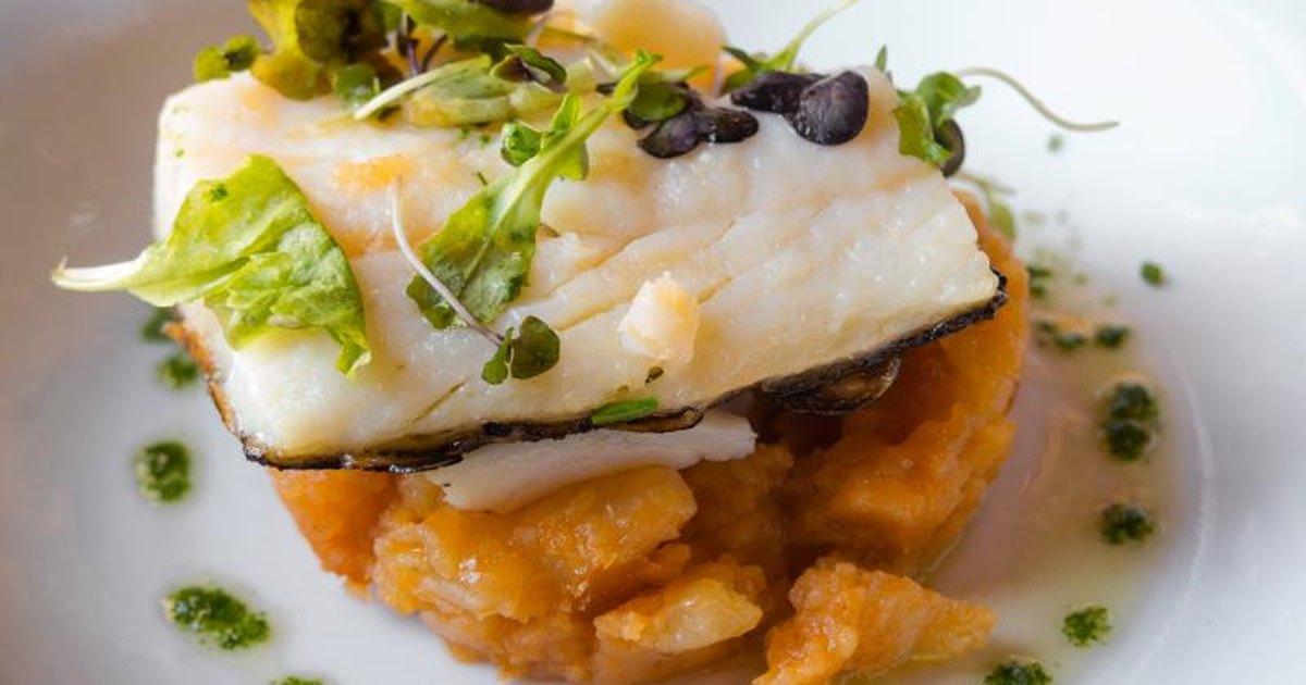 How to Cook a Frozen Cod   LIVESTRONG.COM