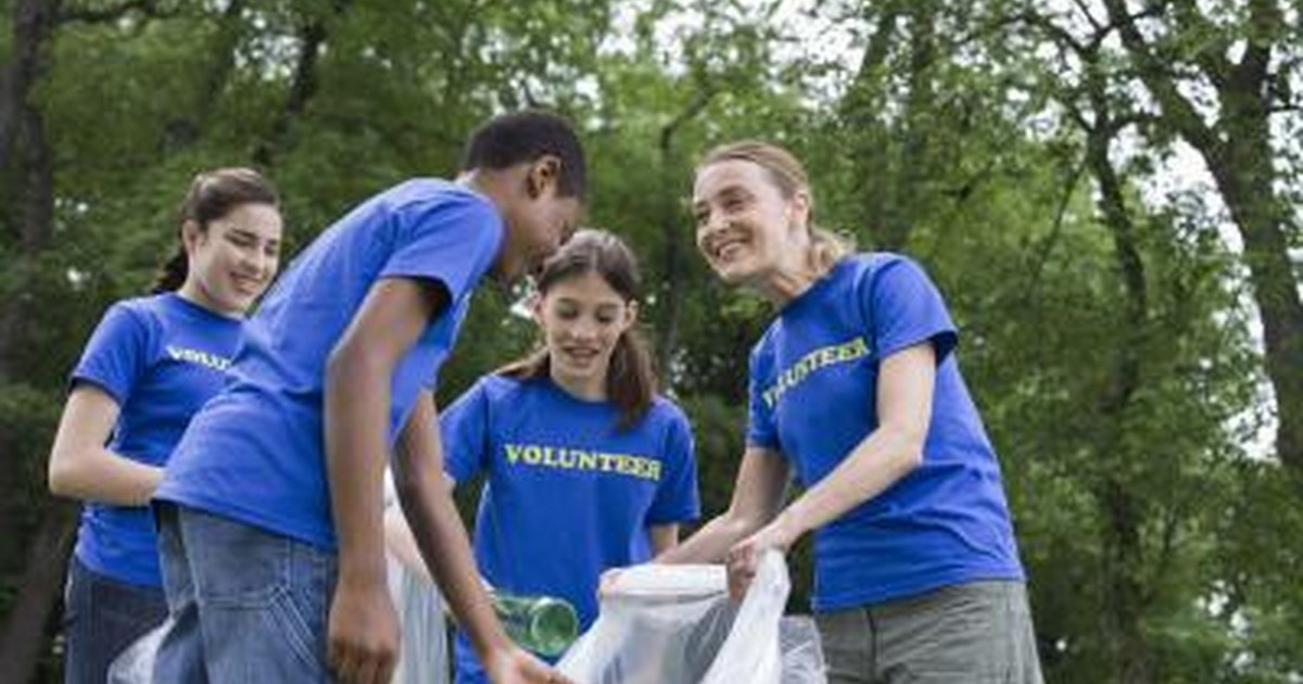 Teen Volunteer Groups 44