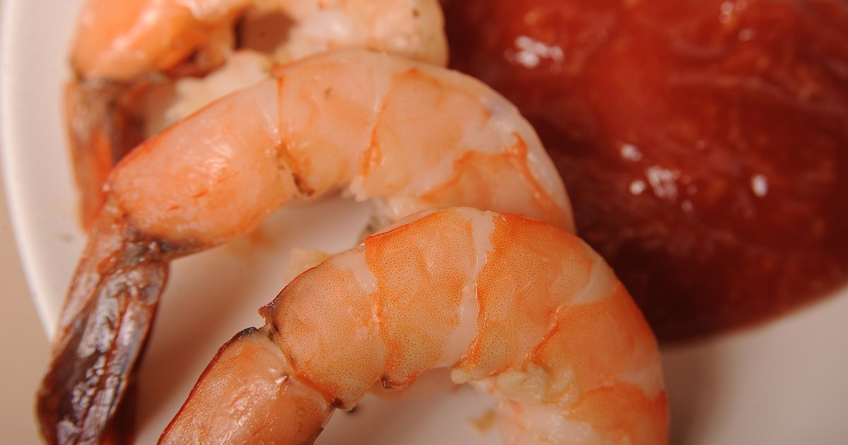 How To Cook Frozen Shrimp With The Shell On The Stove Top Livestrong Com