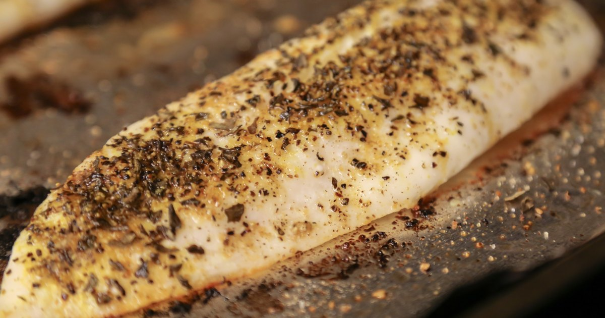 How to cook tilapia fillets in the oven livestrong com for Tilapia fish sticks