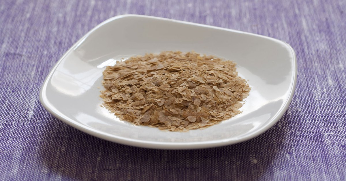 What Are the Benefits of Nutritional Yeast Flakes?