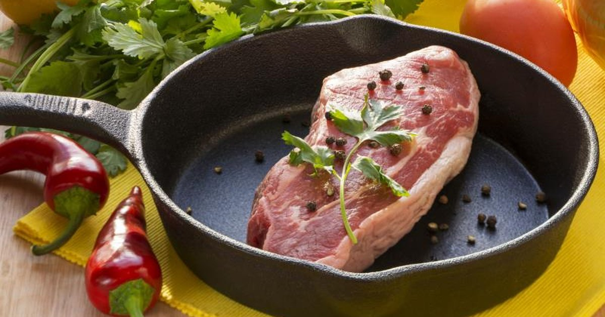 How To Pan Sear Then Bake Steak Livestrong Com