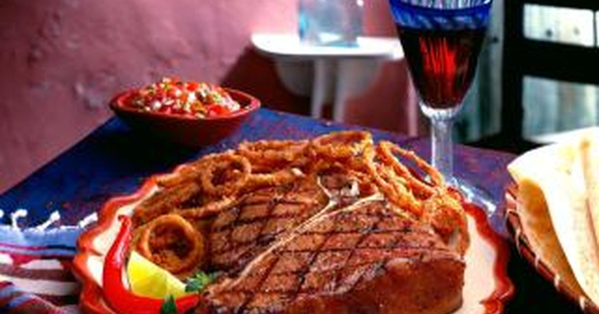 How to Cook a Tender T-Bone Steak on the Stovetop in a ...