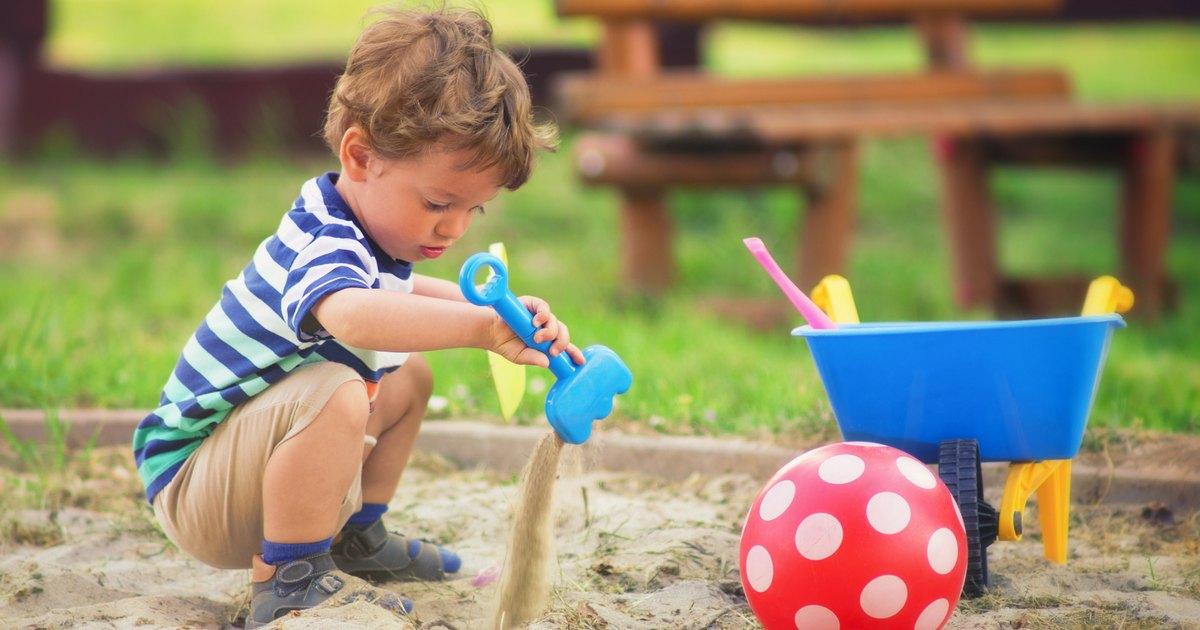 Little Kids Play Sandbox