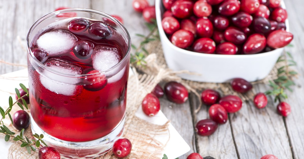 What Does Cranberry Juice Do for Your Body? | LIVESTRONG.COM