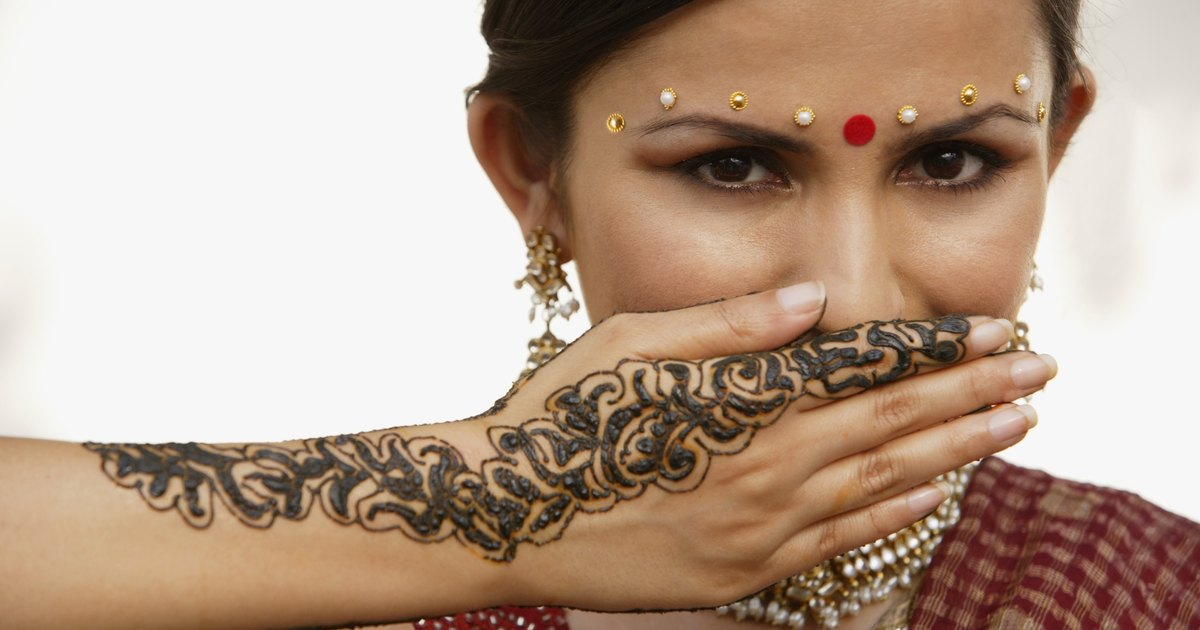 Mehndi Henna Side Effects : Are there possible bad effects of henna tattoos