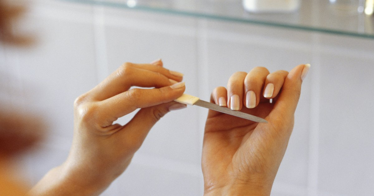 Nails – Causes, What to Do, Vitamins