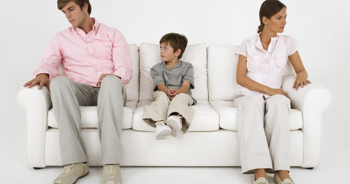 divorce affects children in three ways With fewer economic resources, most children of divorce experience disruptions - changes in child care, living arrangements and schools - that create turmoil in their lives long-term effects of poverty from divorce are most obvious in girls.
