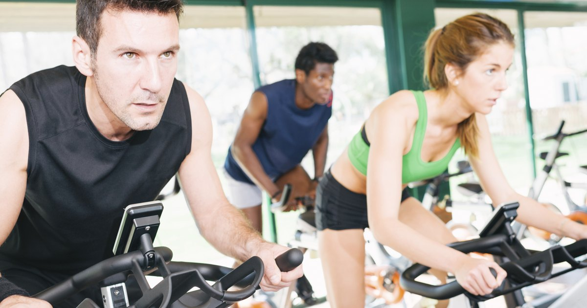 cardio vascular exercise and weight training Read about aerobic exercise's health, fitness and weight the occurrence of cardiovascular disease is so long (aerobic) exercise and strength training.