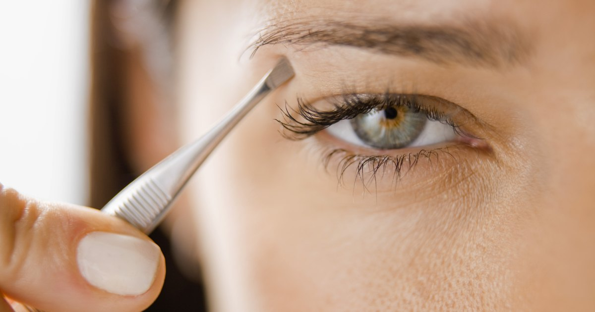 Pros Cons Of Permanent Eyebrows Livestrong