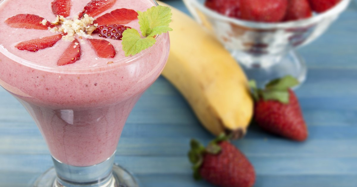 Strawberry Banana Smoothie Nutrition Livestrong Com