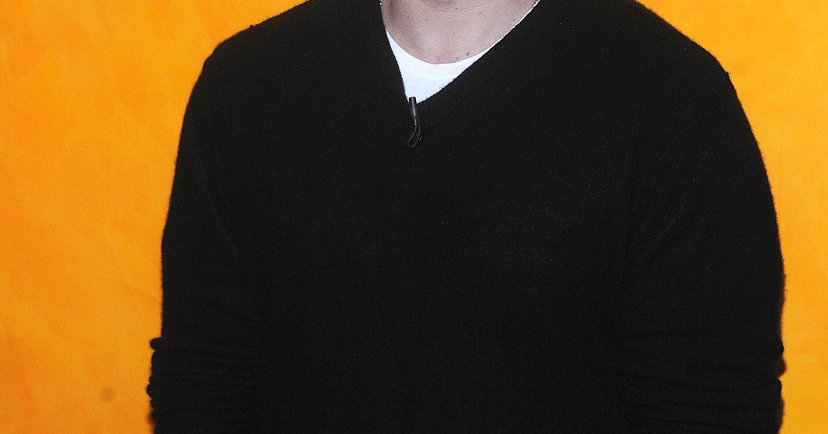 Can You Wear a V-Neck Sweater Without a Button-Down Shirt ...
