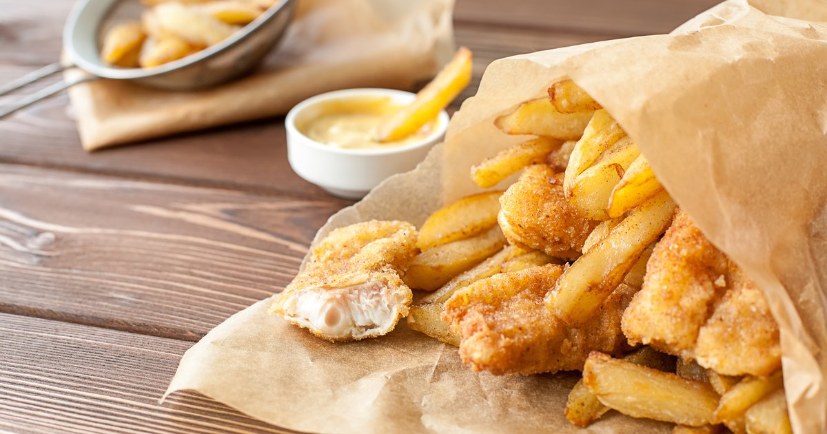Nutritional information of fried fish livestrong com for Fried fish calories