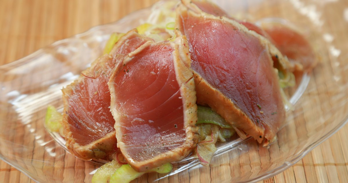 Is seared tuna safe in pregnancy livestrong com for Can you eat tuna fish when pregnant
