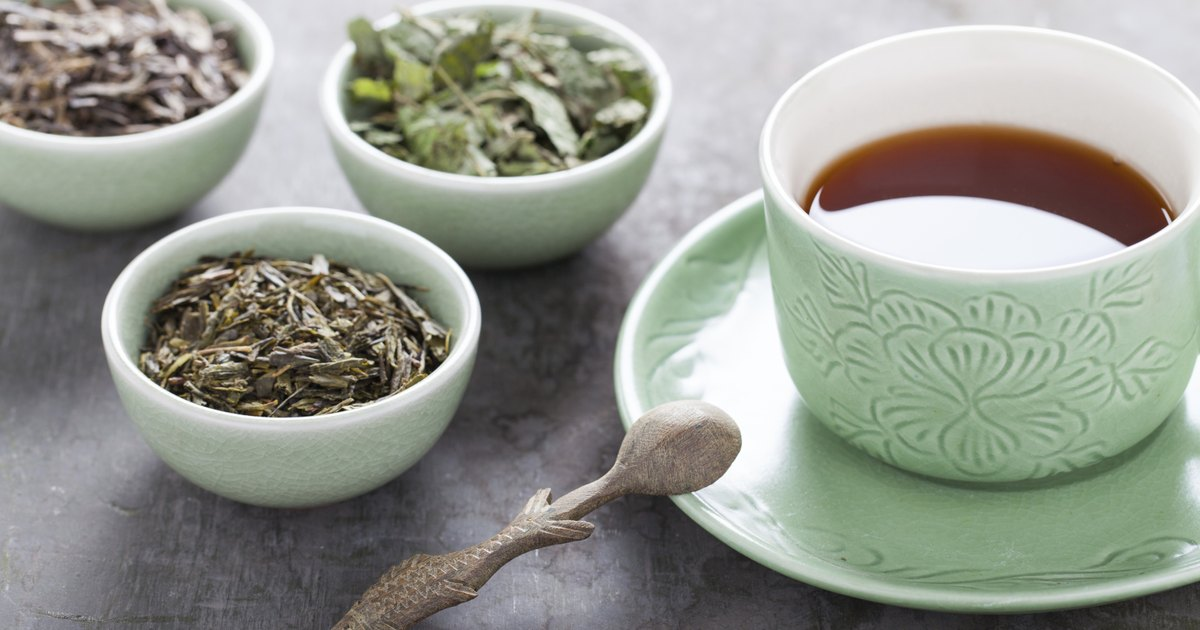 Caffeine in Green Tea Vs. Black Tea | LIVESTRONG.COM