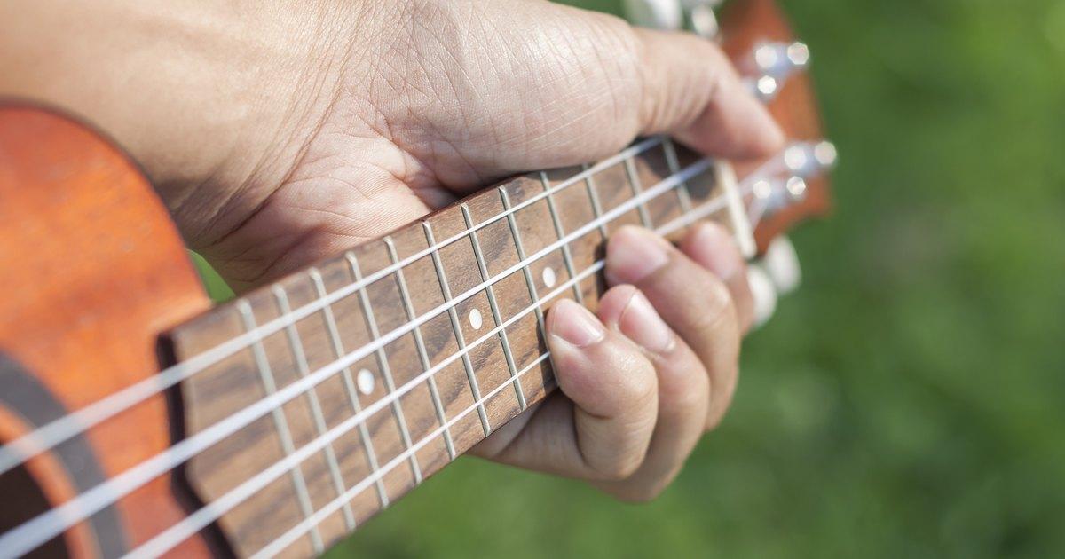 guitar exercises to strengthen the pinkie finger livestrong com. Black Bedroom Furniture Sets. Home Design Ideas