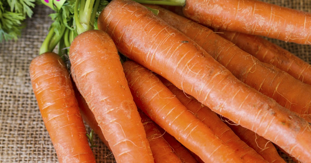 Foods to Avoid With Carotenemia | LIVESTRONG.COM