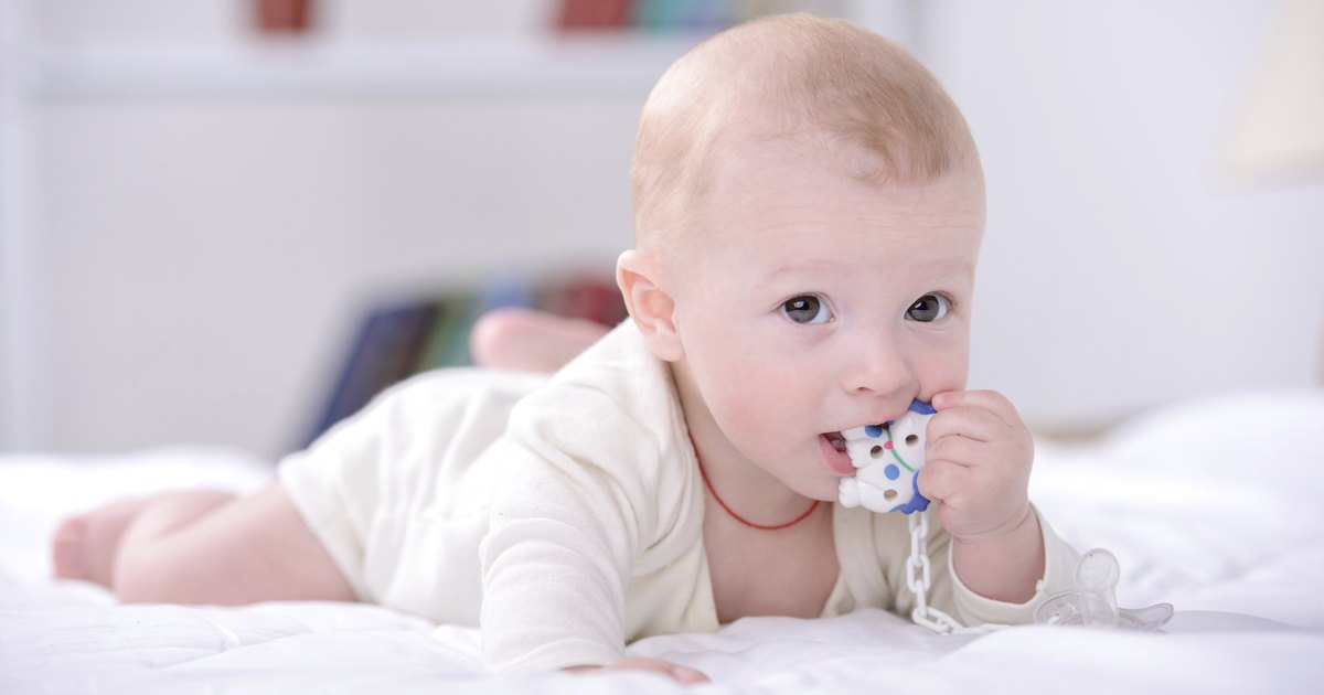 How To Know If Your Baby S Gums Are Swollen Livestrong Com