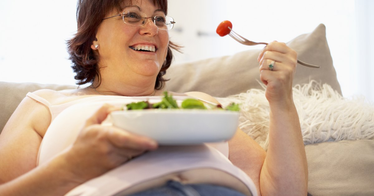 Can a Woman in Her Late 40s Lose Belly Fat & Get a Flat Tummy?