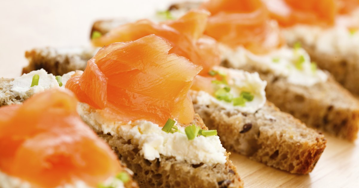 Smoked salmon nutrition livestrong com for Salmon fish nutrition