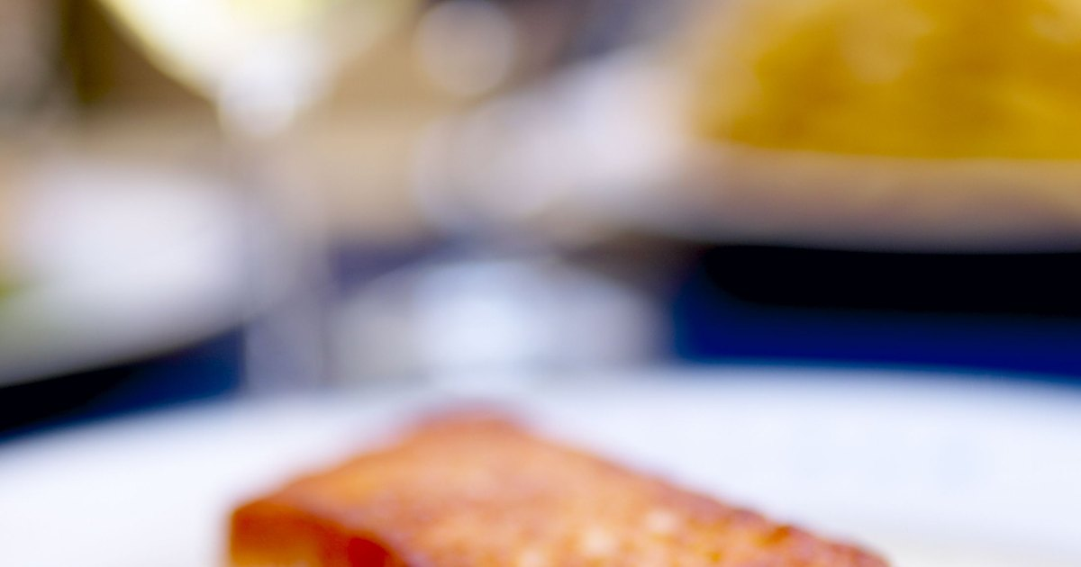 how to make salmon crispy on the outside